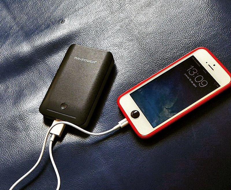 Caricabatterie portatili per cellulare: quale scegliere? Consigli e guida ai modelli migliori. Prezzi e marche